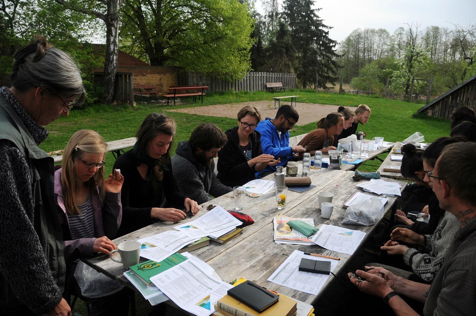 Lernen im Seminar auf einem Ausbildungsbetrieb